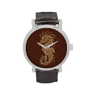 Diseño complejo del Seahorse de Brown Relojes De Pulsera