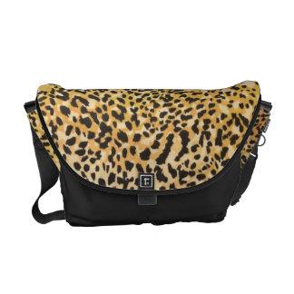Diseño con clase de señora Sleek Leopard Bolsa Messenger