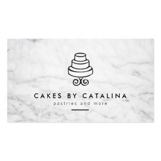 Diseño con gradas de la torta del vintage en la tarjetas de visita