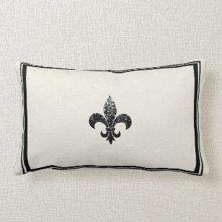 Diseño con lentejuelas negro de la flor de lis almohadas