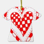Diseño con volantes de los bordes del corazón rojo ornamentos de navidad