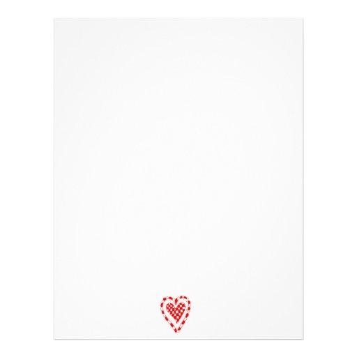 Diseño con volantes de los bordes del corazón rojo membrete