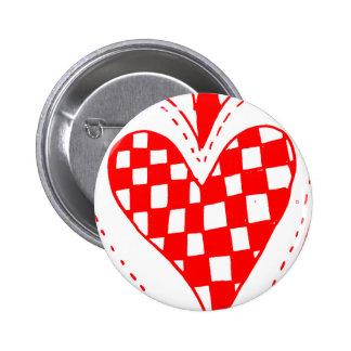 Diseño con volantes de los bordes del corazón rojo pins