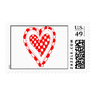 Diseño con volantes de los bordes del corazón rojo sello