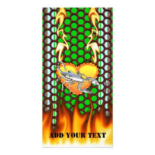 Diseño cromado 1 del escorpión con el fuego tarjeta fotográfica