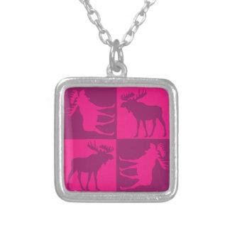 Diseño cuadrado de los alces rosados rústicos colgante cuadrado