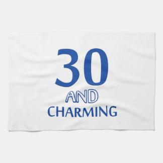 diseño de 30 cumpleaños toalla de mano