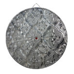 Diseño de cristal de plata adornado tablero de dardos