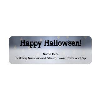 Diseño de Halloween con el modelo de la tormenta d Etiquetas De Remite