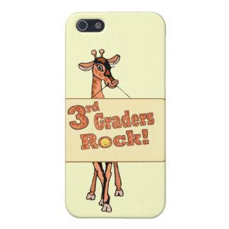 """Diseño de la """"3ro roca de los graduadores"""" de la j iPhone 5 protectores"""