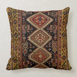 Diseño de la alfombra de Kabristan Cojín