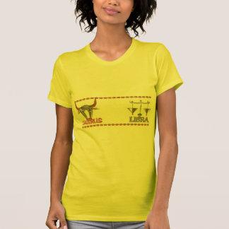 Diseño de la amistad del zodiaco del libra del camisetas