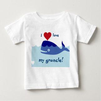 ¡Diseño de la ballena con amor de I mi gruncle! Playera De Bebé