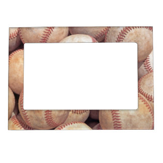 Diseño de la bola del béisbol marcos magnéticos