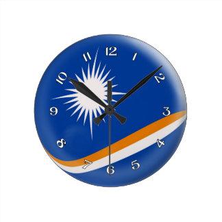 Diseño de la burbuja de la bandera de Marshall Reloj Redondo Mediano