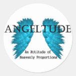 Diseño de la camiseta de Angeltude (actitud) Etiqueta Redonda