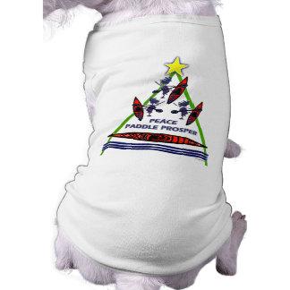 Diseño de la canoa del kajak de la paleta del día  camisetas de mascota