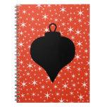 Diseño de la chuchería del navidad en negro, rojo  libretas espirales