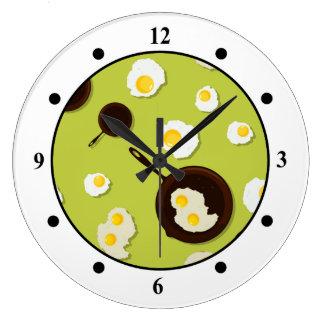 Diseño de la comida de la diversión de los huevos reloj redondo grande
