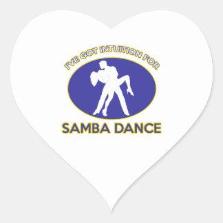 diseño de la danza de la samba pegatina en forma de corazón