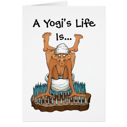 Diseño de la diversión de la yoga cama de la vida  tarjeta de felicitación