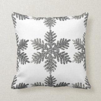Diseño de la estrella del copo de nieve de la plat almohadas