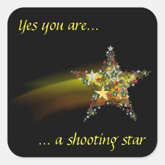 Diseño de la estrella fugaz pegatina cuadrada