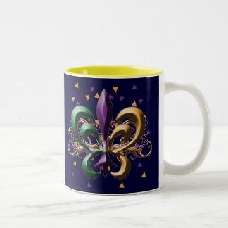 Diseño de la flor de lis del carnaval taza dos tonos