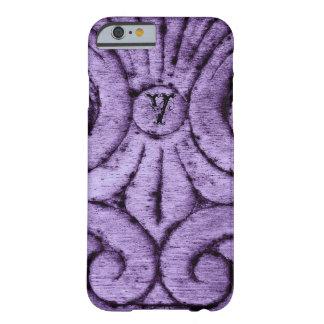 Diseño de la flor de lis (púrpura) funda para iPhone 6 barely there