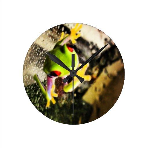 Diseño de la foto de la rana arbórea reloj redondo mediano