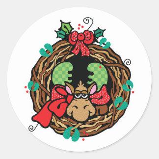 diseño de la guirnalda de los alces del navidad pegatina redonda
