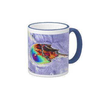 Diseño de la hoja del cangrejo de herradura taza de café