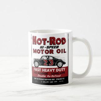 Diseño de la lata del aceite de motor del coche de taza