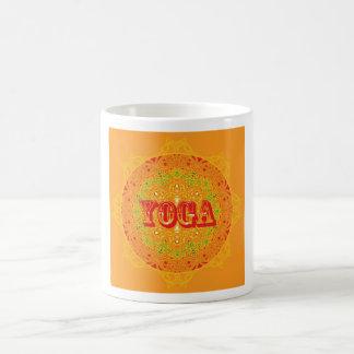 Diseño de la mandala de la yoga taza