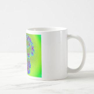 Diseño de la mariposa de la conciencia del lupus taza de café