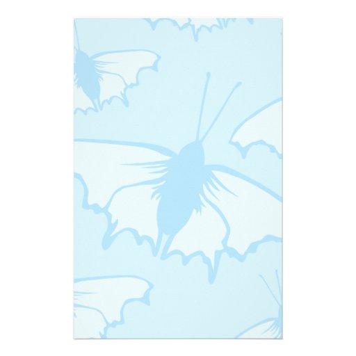 Diseño de la mariposa en azul en colores pastel  papeleria