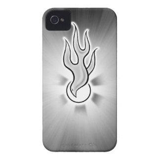 Diseño de la paloma de la llama del Espíritu Santo iPhone 4 Case-Mate Carcasas