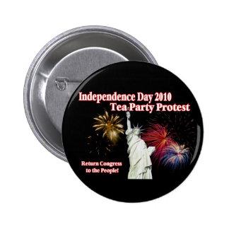 Diseño de la protesta de la fiesta del té del Día  Pin Redondo De 2 Pulgadas