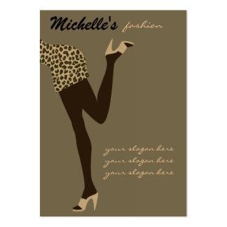 Diseño de la tarjeta de visita del chica de la mod