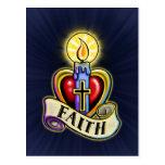 Diseño de la vela del corazón de la fe postal