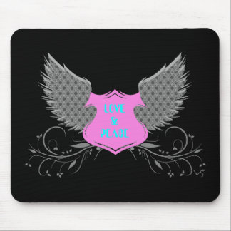 Diseño de las alas del ángel del amor de la paz alfombrillas de ratón