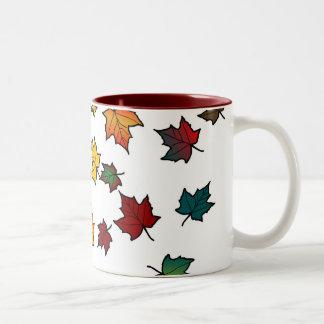 diseño de las hojas de otoño taza dos tonos