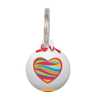Diseño de los corazones del arco iris del amor placas de mascota