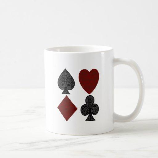 Diseño de los juegos del naipe taza básica blanca