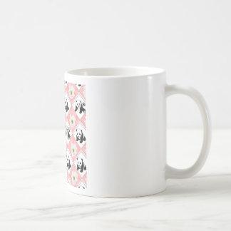 Diseño de los osos de panda y del tablero tazas