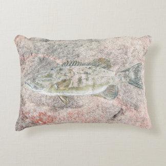 diseño de los pescados en piedra