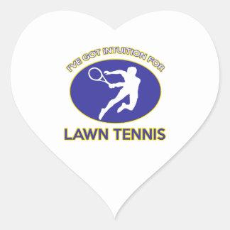 diseño de los tenis sobre hierba pegatina en forma de corazón