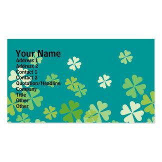 Diseño de los tréboles de la hoja del verde cuatro tarjetas de visita