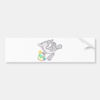 Diseño de lúpulo lindo del conejito de pascua etiqueta de parachoque