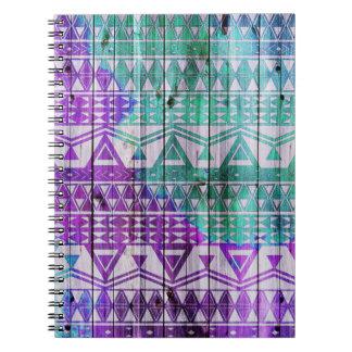 Diseño de madera azteca del tablón de la acuarela spiral notebook